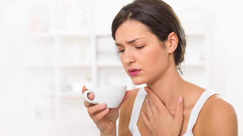A torok rossz szaga: a tünetek fő oka - Orr December